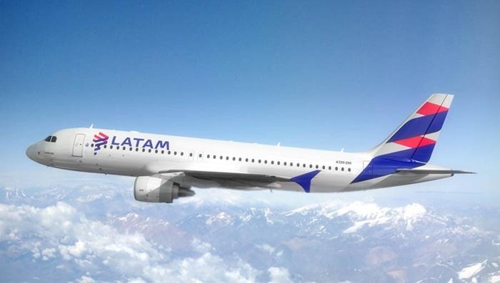 LATAM extiende su reprogramación de vuelos hasta el 21 de abril.