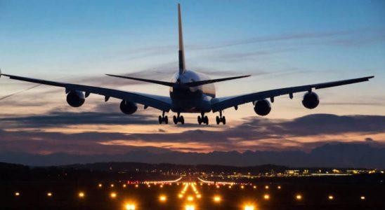 Rebaja en tasas de embarque saca aplausos de aerolíneas y críticas de Fenabus.